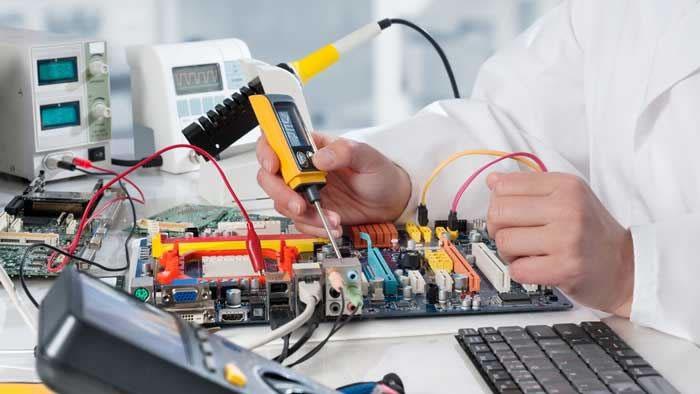 شیوه های آموزشی استاد احمدی در فراگیری رشته مهندسی برق قسمت (۱)