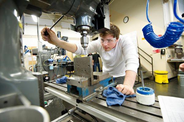 گامهای آموزش در رشته مهندسی مواد از استاد احمدی قسمت (۱)