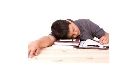 استاد احمدی از روشهای موثر در درمان بیخوابی دانش آموزان میگوید (بخش هشتم )